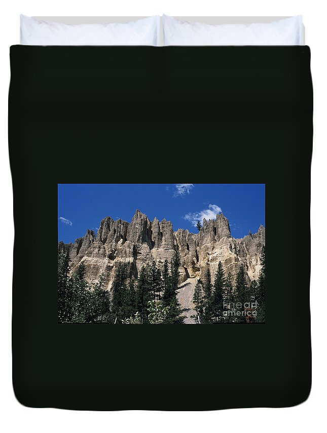 Sand Stone Duvet Cover featuring the photograph Hoo Doo's Bc Canada by Sharon Elliott