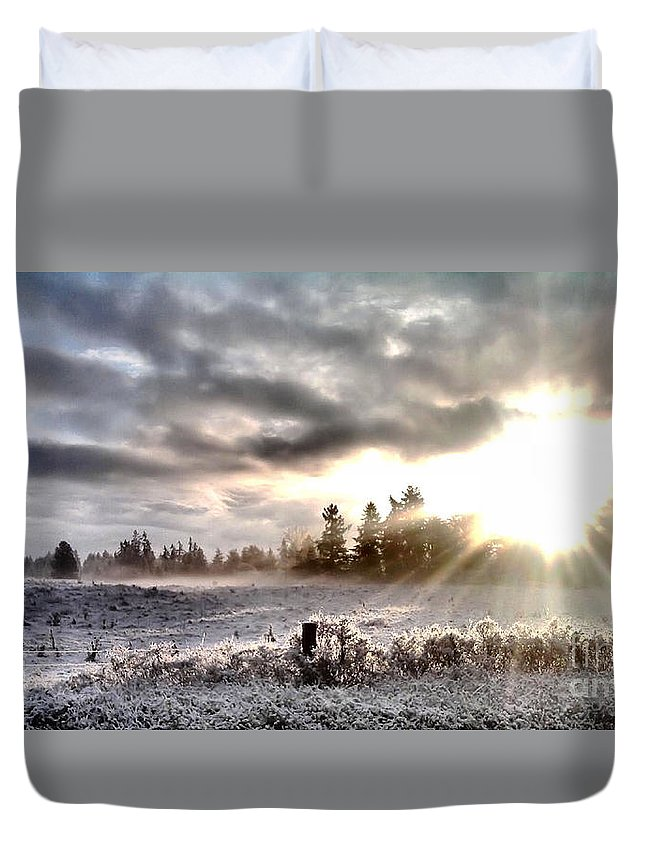 Landscape Duvet Cover featuring the photograph Hope - Landscape Version by Rory Sagner