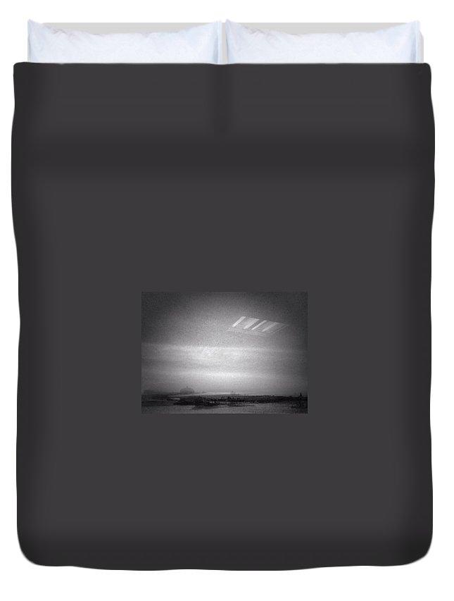 Landscape Duvet Cover featuring the photograph Horizon by H James Hoff