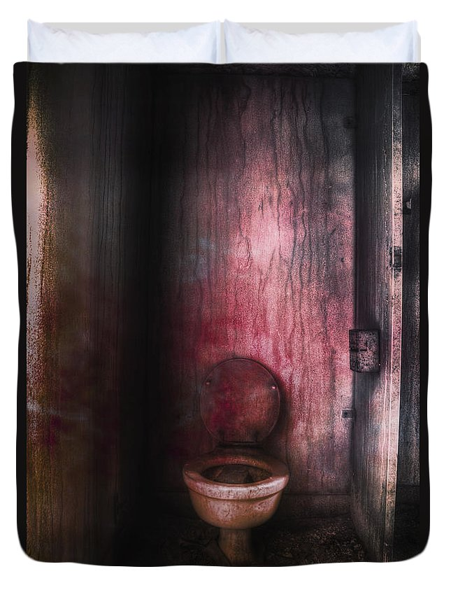 Toilet Duvet Cover featuring the photograph Hot Seat by Margie Hurwich
