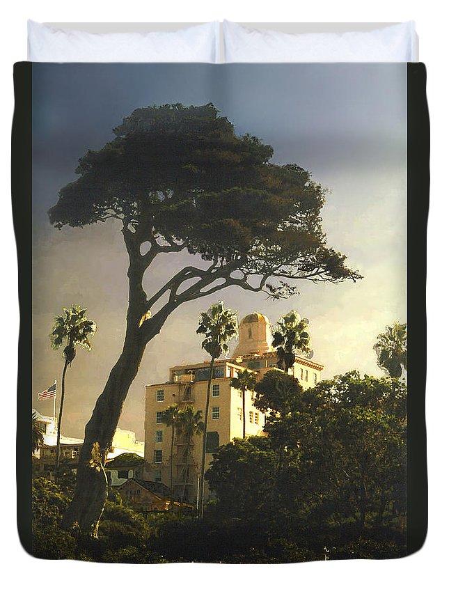Landscape Duvet Cover featuring the photograph Hotel California- La Jolla by Steve Karol