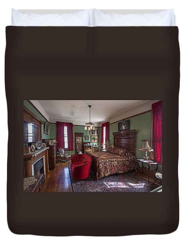 Clark Duvet Cover featuring the photograph Huguette Clark's Bedroom -- Butte Montana by Daniel Hagerman