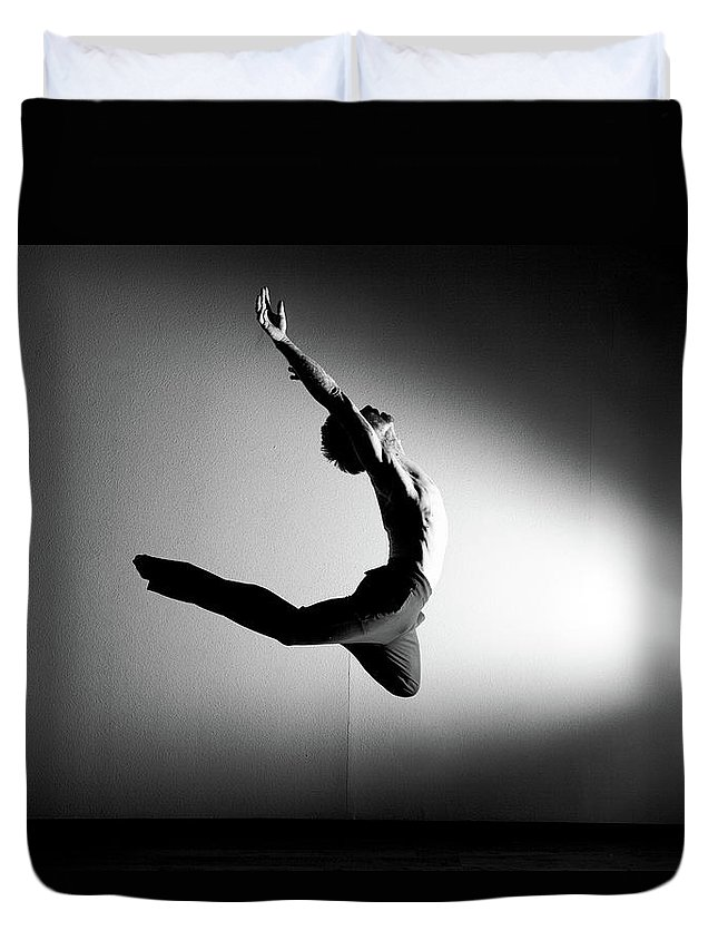 Ballet Dancer Duvet Cover featuring the photograph Human Flight by Amygdala imagery
