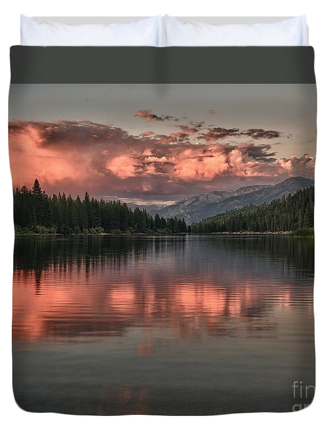 Lake Duvet Cover featuring the photograph Hume Lake Sunset by Terry Garvin