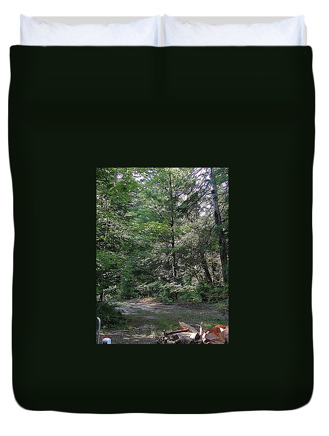 Axe Duvet Cover featuring the photograph Hunter's Dam #2 by Joseph Yarbrough