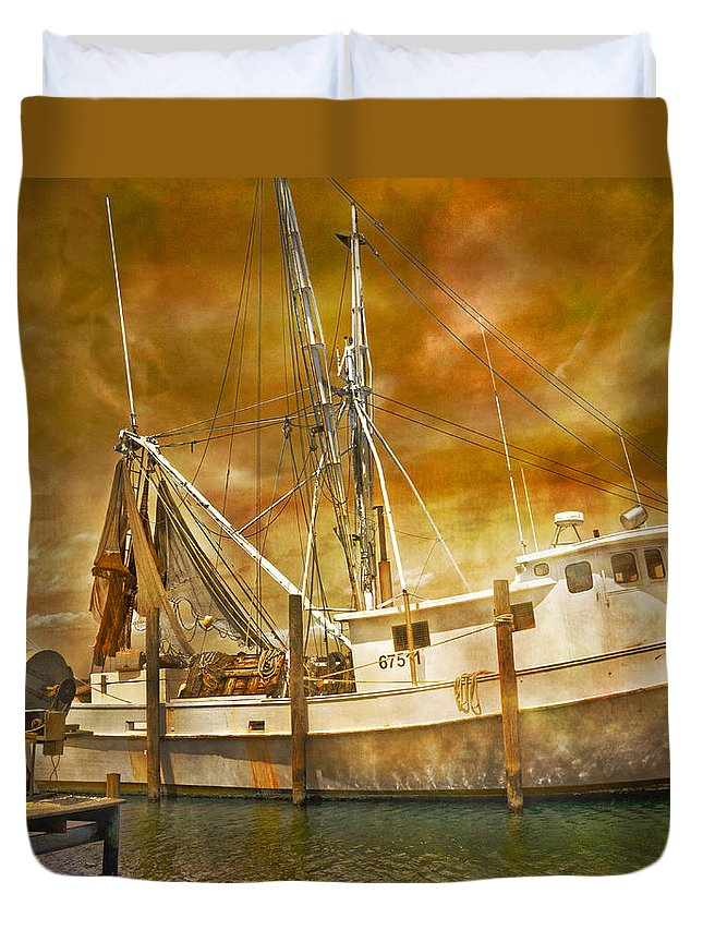 Topsail Duvet Cover featuring the photograph Hurricane Eve by Betsy Knapp
