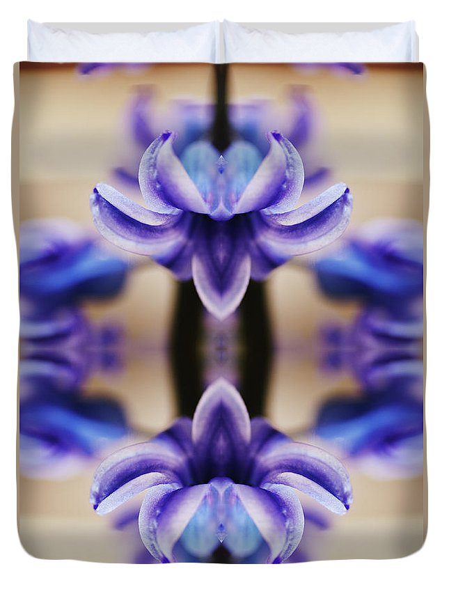 Purple Duvet Cover featuring the photograph Hyazinth by Silvia Otte