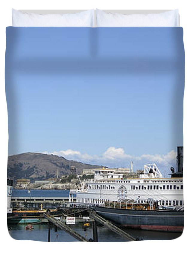 hyde St. Pier Duvet Cover featuring the photograph Hyde Street Pier - San Francisco by Daniel Hagerman