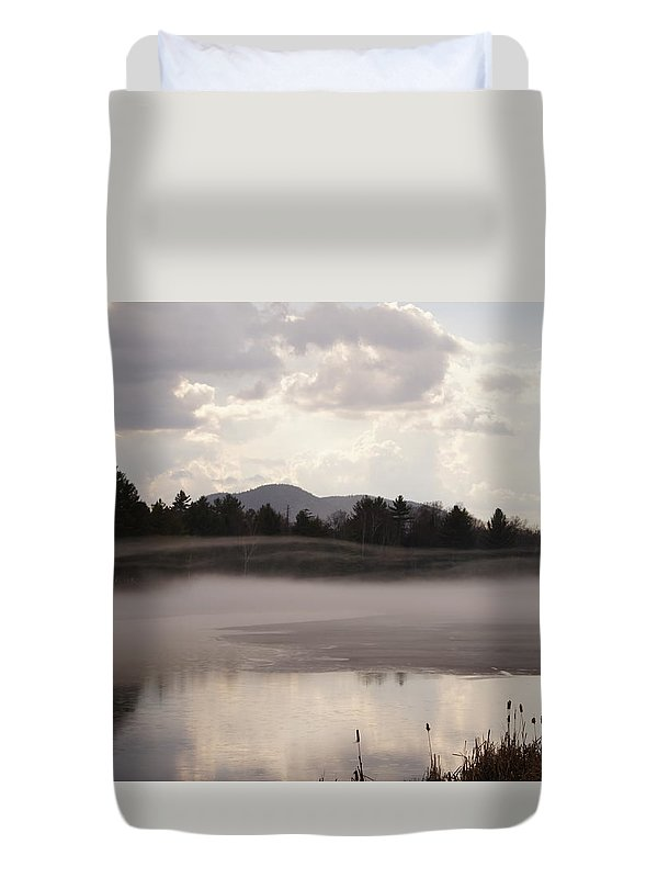 Winter Ice And Fog Duvet Cover featuring the photograph Ice And Fog by Jeffery L Bowers