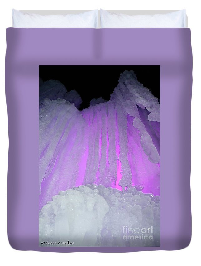 Ice Duvet Cover featuring the photograph Ice Cliff by Susan Herber