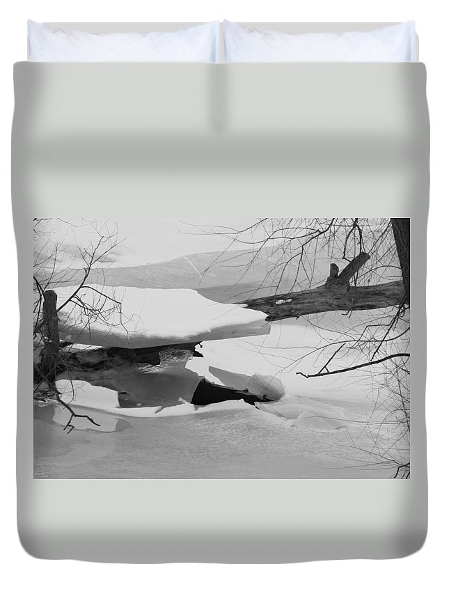 Ice Duvet Cover featuring the photograph Ice Shelf by Kevin Snider