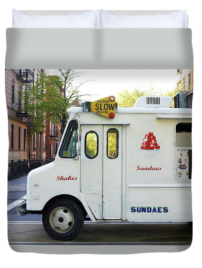 Retail Duvet Cover featuring the photograph Icecream Truck On City Street by Jason Todd