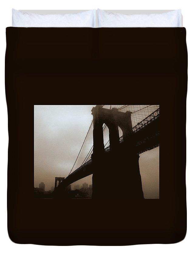 New York Duvet Cover featuring the photograph Iconic Bridge by Jeff Watts