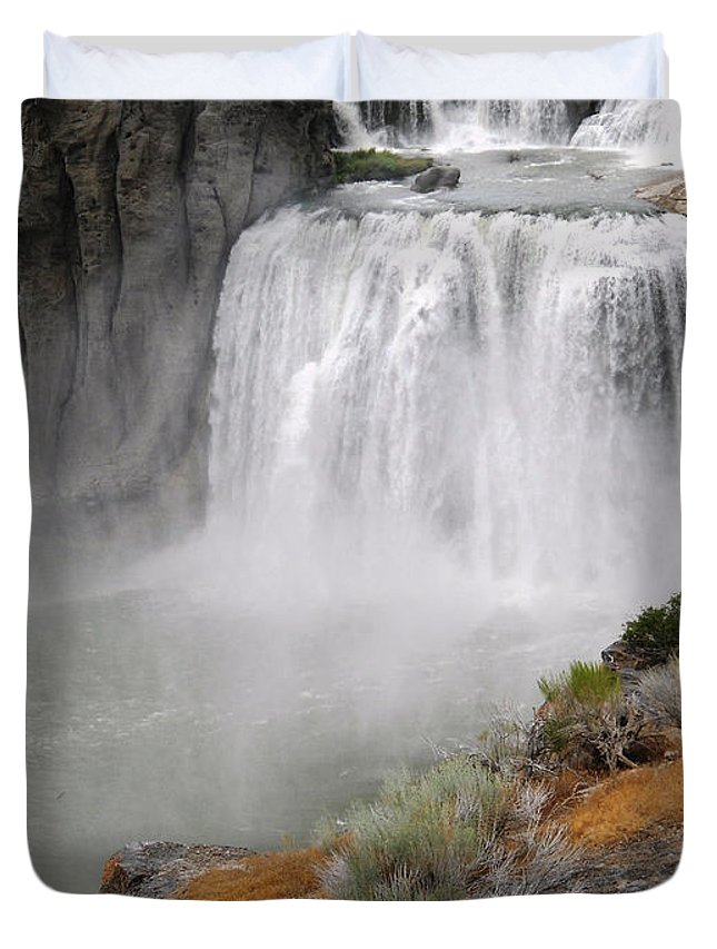 Waterfall Duvet Cover featuring the photograph Idaho Waterfall by Lovina Wright