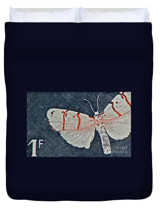 Butterfly Duvet Cover featuring the photograph Imago by Andy Prendy