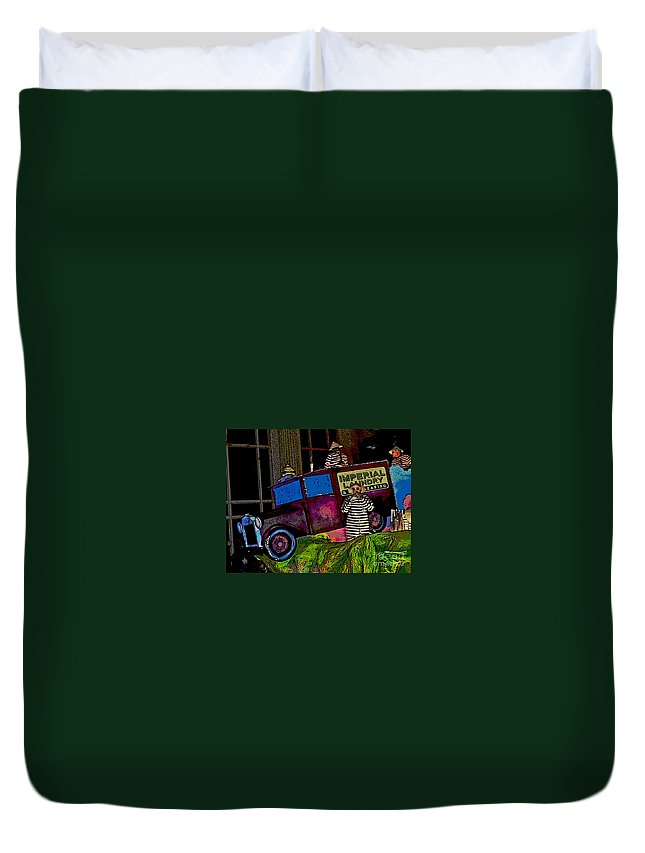Digital Art Duvet Cover featuring the photograph Imperial Laundry Truck by Marian Bell