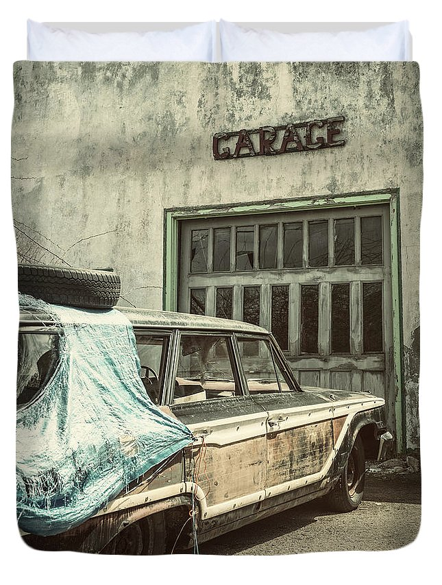 Land Vehicle Duvet Cover featuring the photograph In For Repairs by Shaunl