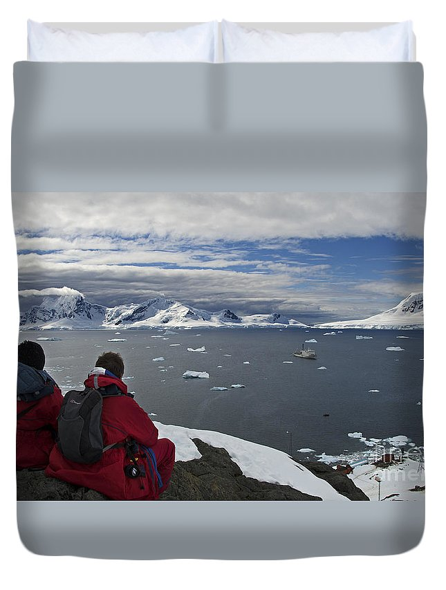 Festblues Duvet Cover featuring the photograph In Paradise... by Nina Stavlund