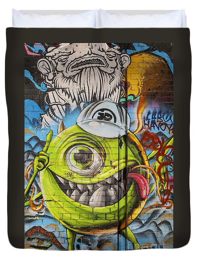 Melbourne Australia Street Art Colorful Alley Artwork Painting Paintings Streets Alleys Odds And Ends Duvet Cover featuring the photograph In The Eye Of The Beholder by Bob Phillips
