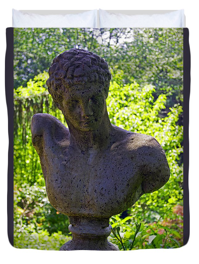 Statue Duvet Cover featuring the photograph In The Park by Joe Geraci