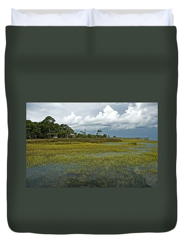 Seascape Duvet Cover featuring the photograph Incoming Tide by Norman Johnson