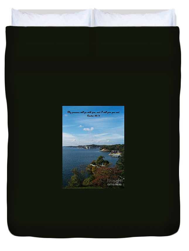 Lake Duvet Cover featuring the photograph Inspirations 6 by Sara Raber