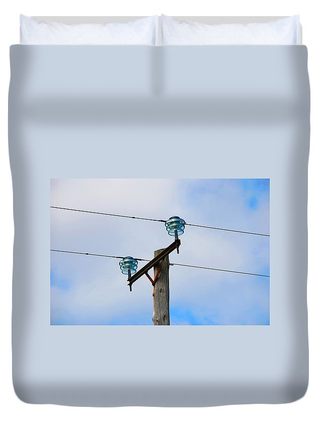 Glass Duvet Cover featuring the photograph Insulated by Charlie and Norma Brock