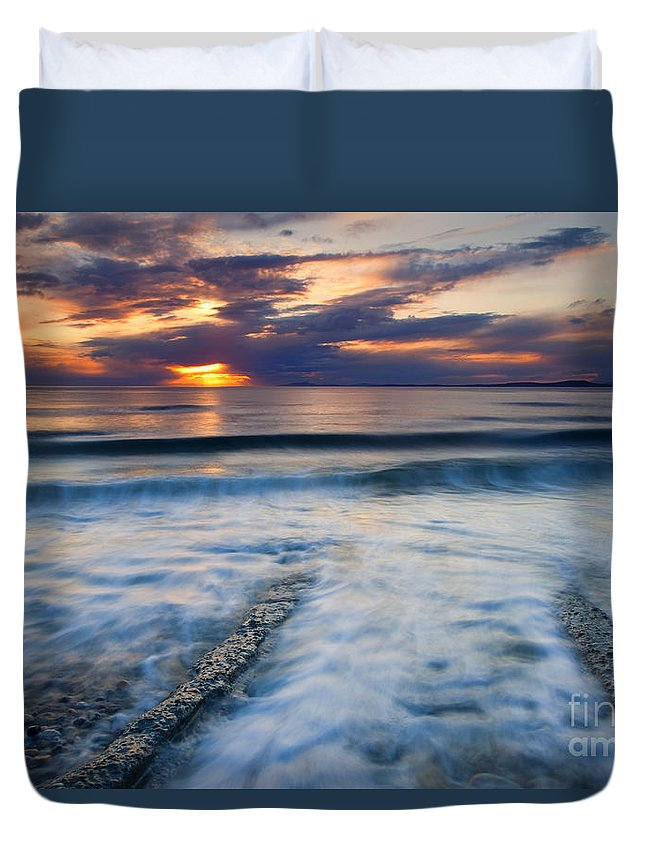 Seascape Duvet Cover featuring the photograph Into The Sea by Mike Dawson