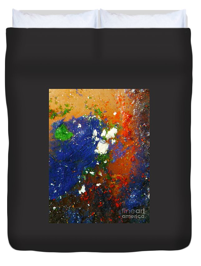 Ice-painting Duvet Cover featuring the photograph Irish Brawler by Chris Sotiriadis