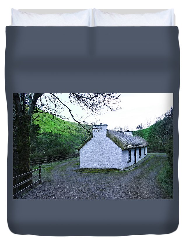 Irish Duvet Cover featuring the photograph Irish Thatched Roof Cottage by Bill Cannon