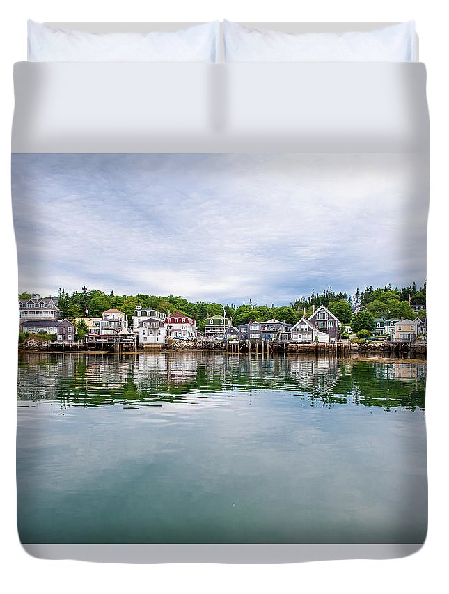 Town Duvet Cover featuring the photograph Island Village by Edwin Remsberg