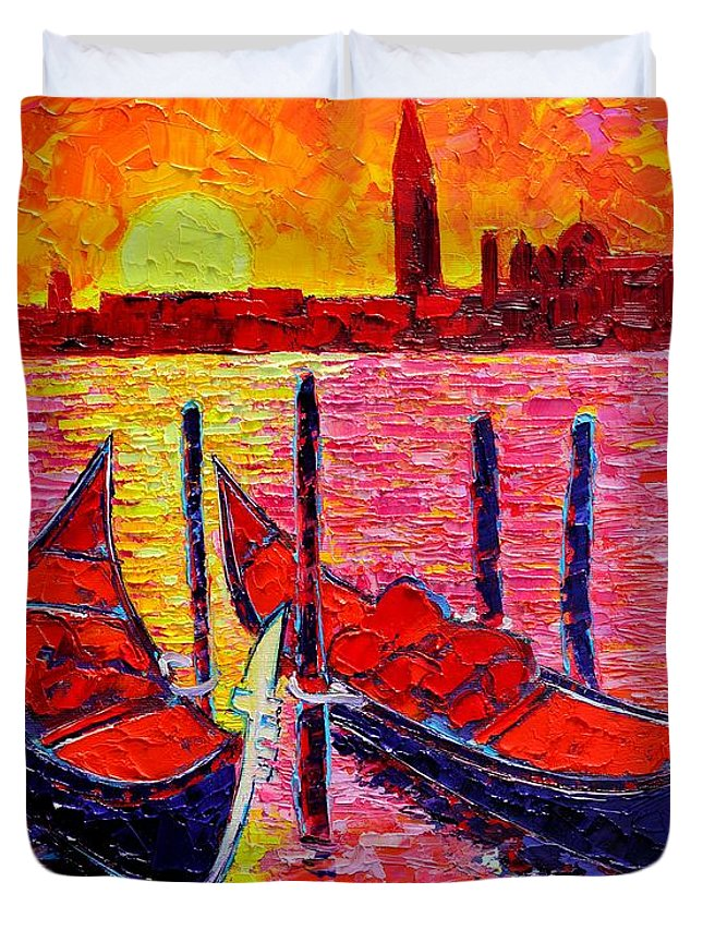 Venice Duvet Cover featuring the painting Italy - Venice Gondolas - Abstract Fiery Sunrise by Ana Maria Edulescu