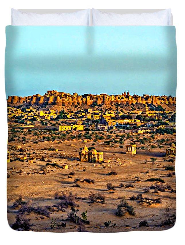 India Duvet Cover featuring the photograph Jaisalmer by Steve Harrington