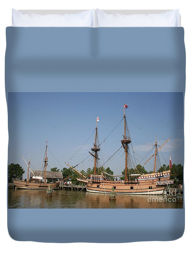 Ship Duvet Cover featuring the photograph Jamestown Historic Sailingships by Christiane Schulze Art And Photography