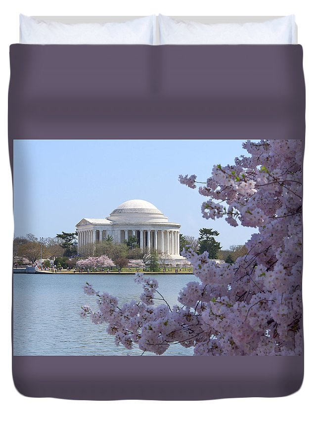 Landmarks Duvet Cover featuring the photograph Jefferson Memorial - Cherry Blossoms by Mike McGlothlen