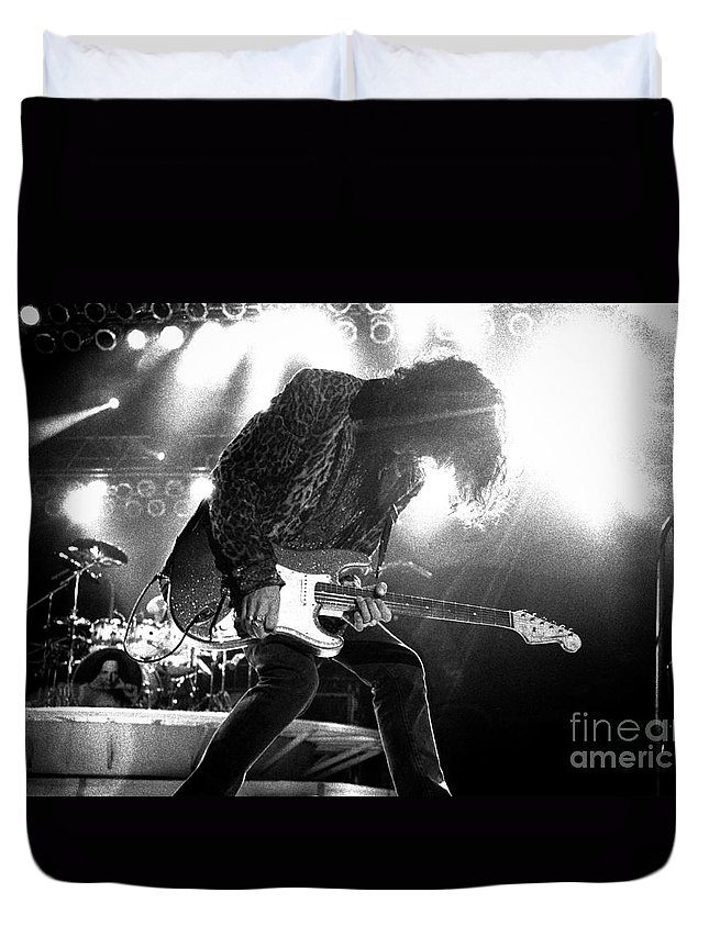 Joe Perry Duvet Cover featuring the photograph Joeperry-gp03 by Timothy Bischoff
