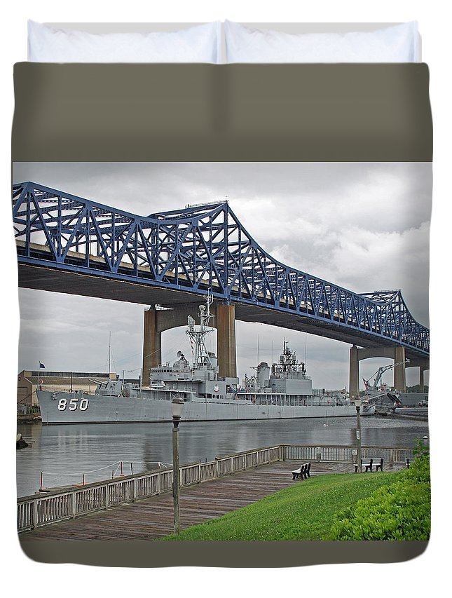 Ship Duvet Cover featuring the photograph Joey P by Barbara McDevitt
