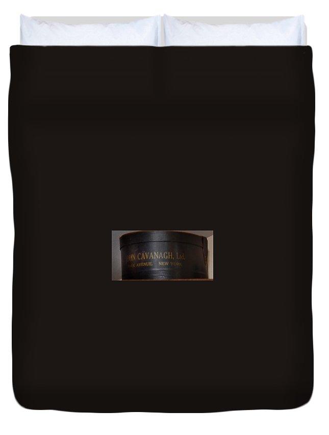 John Cavanagh Hatbox New York Duvet Cover featuring the photograph John Cavanagh Hatbox New York by Bill Cannon