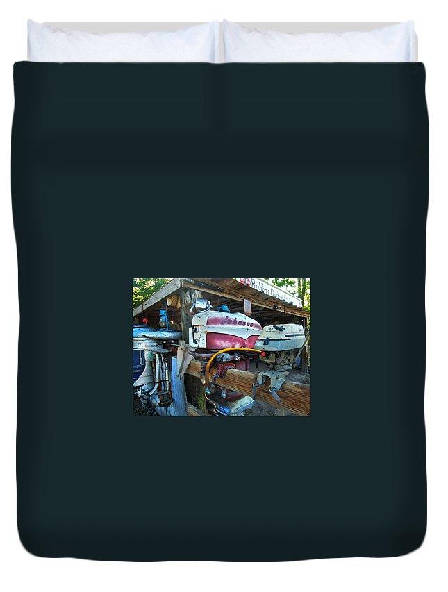 Alabama Photographer Duvet Cover featuring the digital art Johnson Motor by Michael Thomas