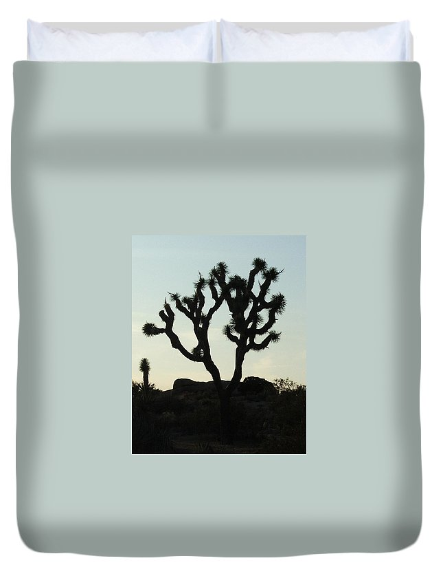 Joshua Tree Duvet Cover featuring the photograph Joshua Tree At Sundown by Patricia Quandel