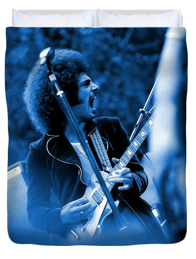 Neal Schon Duvet Cover featuring the photograph Journey #4 Enhanced In Blue by Ben Upham