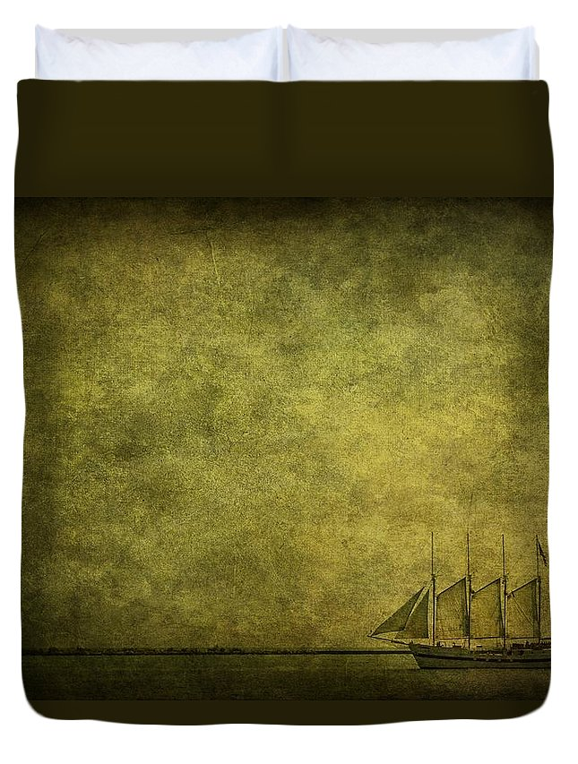 Boat Duvet Cover featuring the photograph Journey Home by Andrew Paranavitana