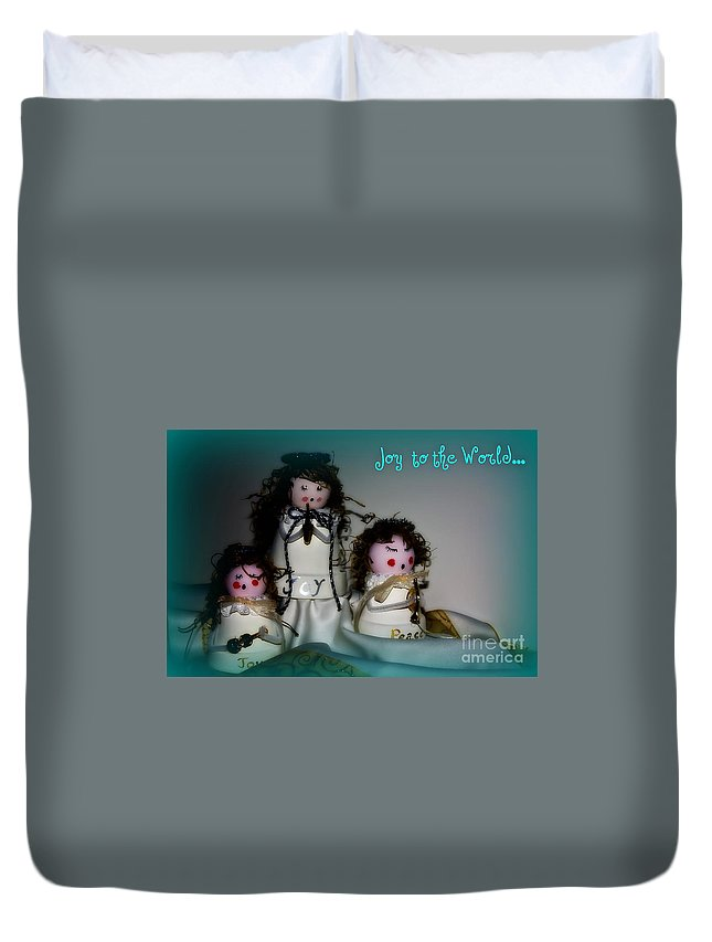 Trio Duvet Cover featuring the photograph Joy To The World by Linda Bianic