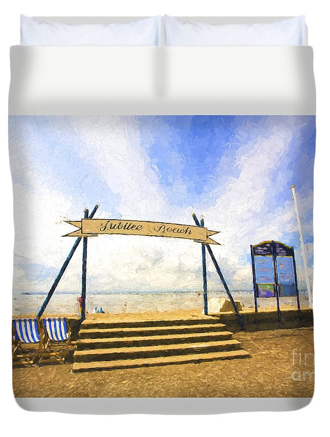 Jubilee Beach Duvet Cover featuring the photograph Jubilee Beach Southend On Sea by Sheila Smart Fine Art Photography