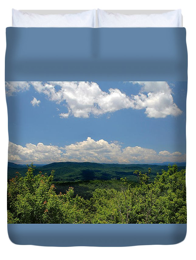 Tree Duvet Cover featuring the photograph Jump Off Rock by Jemmy Archer