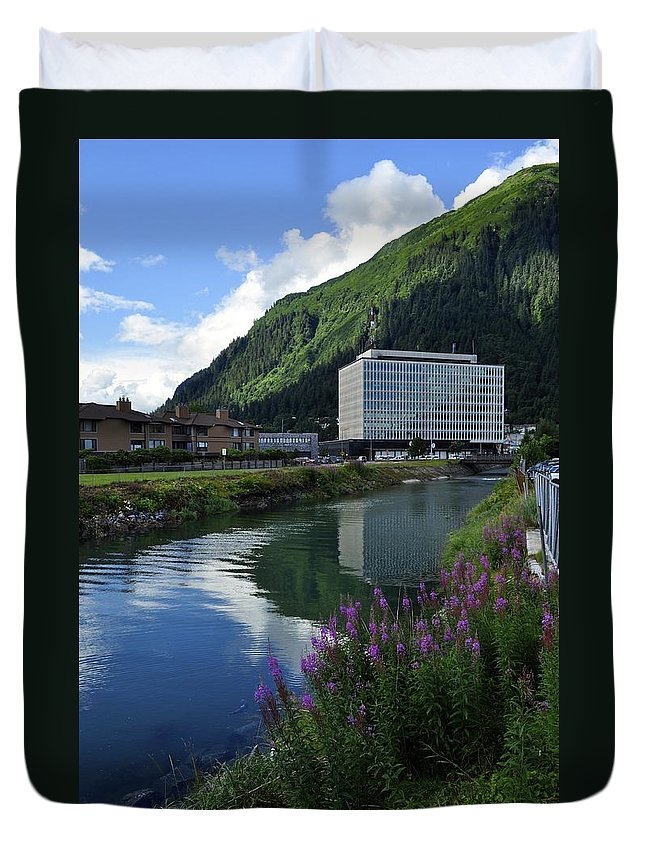 Juneau Duvet Cover featuring the photograph Juneau Federal Building by Cathy Mahnke