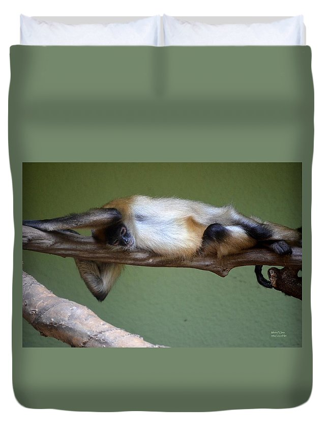 Just Hanging About Duvet Cover featuring the photograph Just Hanging About by Maria Urso