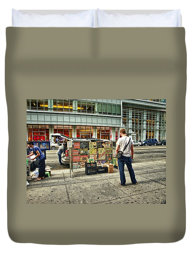 Ny Duvet Cover featuring the photograph Just Looking by Wayne Gill