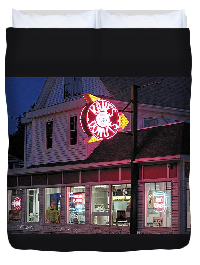 Evening Duvet Cover featuring the photograph Kanes Donuts by Barbara McDevitt