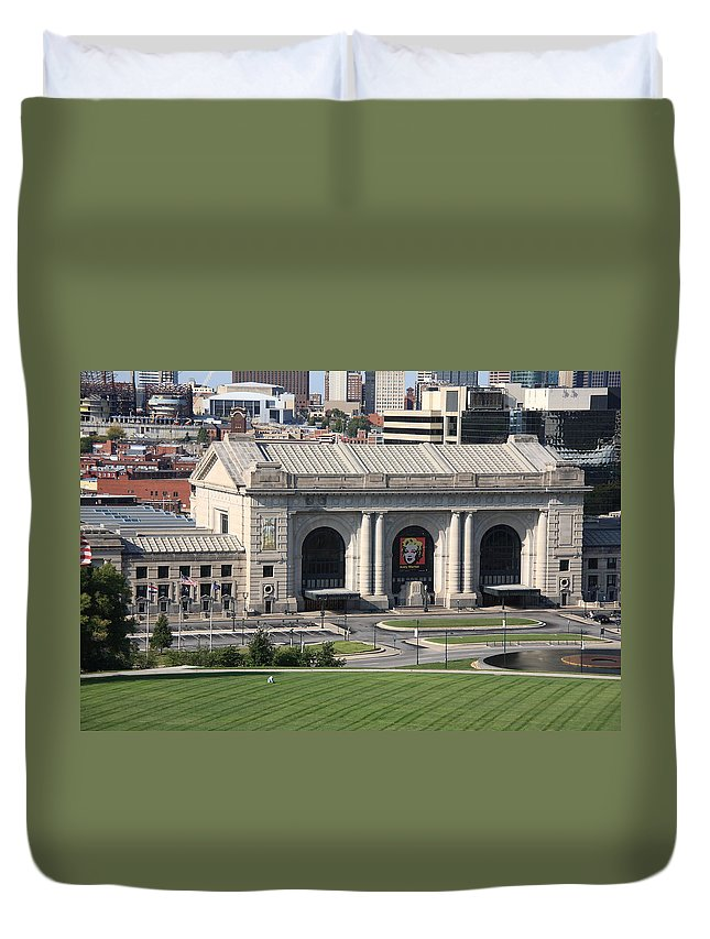 America Duvet Cover featuring the photograph Kansas City - Union Station by Frank Romeo